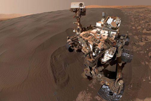 "Mars Science Lab ""Curiosity"" selfie at Bagnold Dune Field, Mars. Credit: NASA/JPL"
